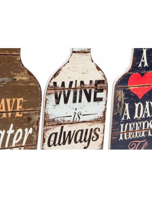 Style vintage ou maison de campagne pour ses plaques en bois de 55 cm de haut en forme de bouteille. Objet déco pas cher.